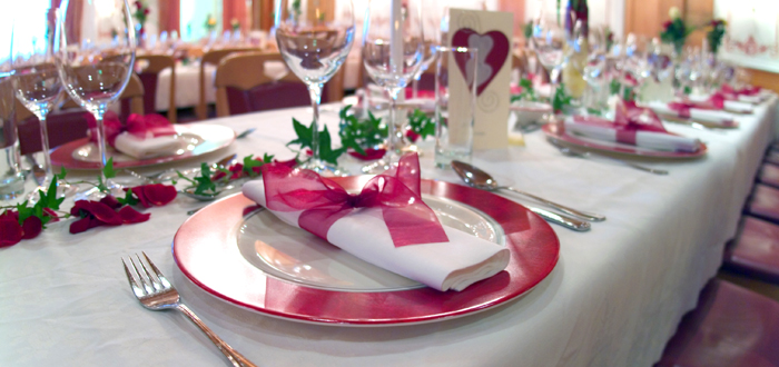 Die tischordnung zur hochzeit gastronomie partyservice Tischdeko gastronomie